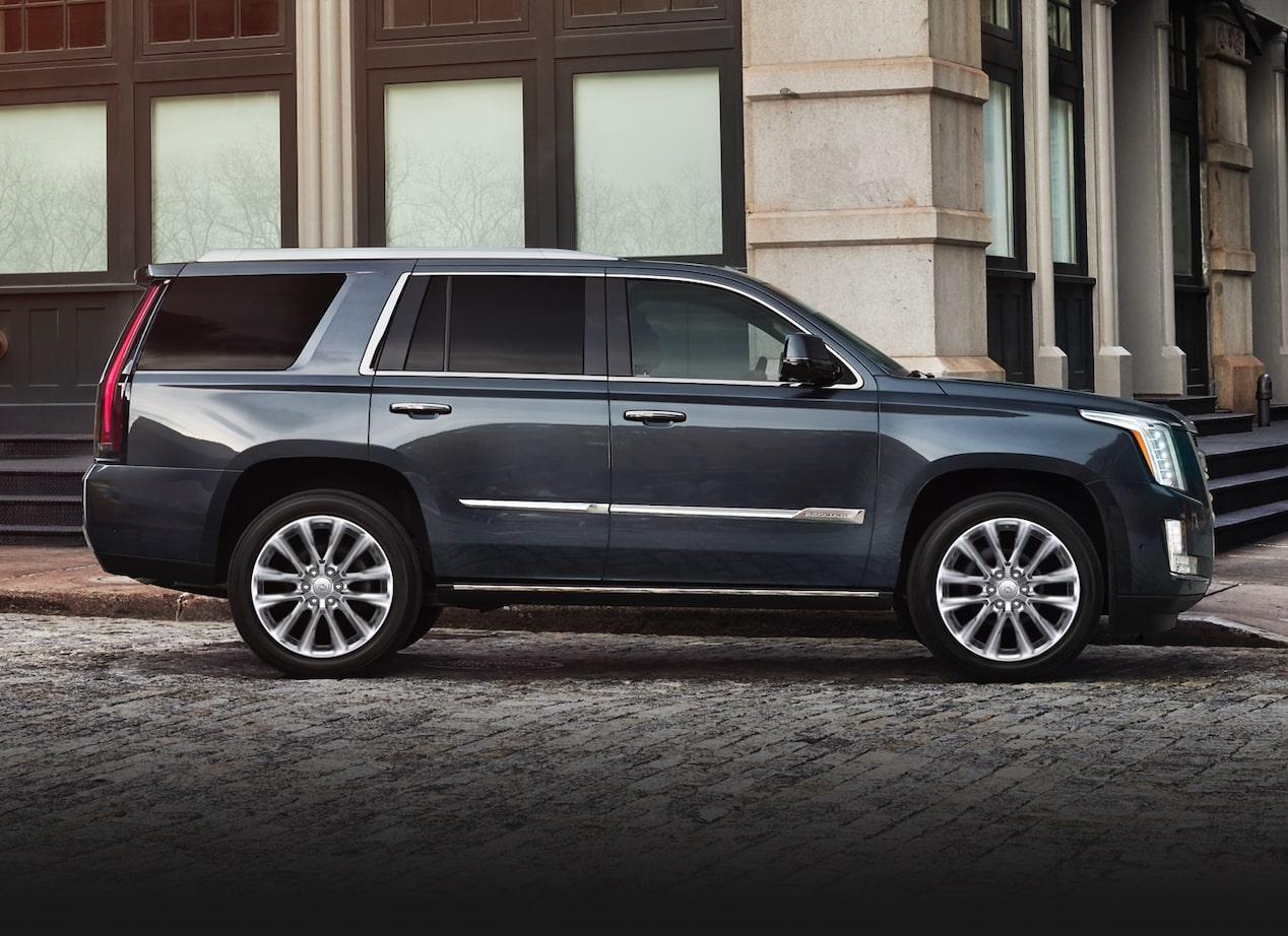 Side profile of the 2019 Cadillac Escalade.