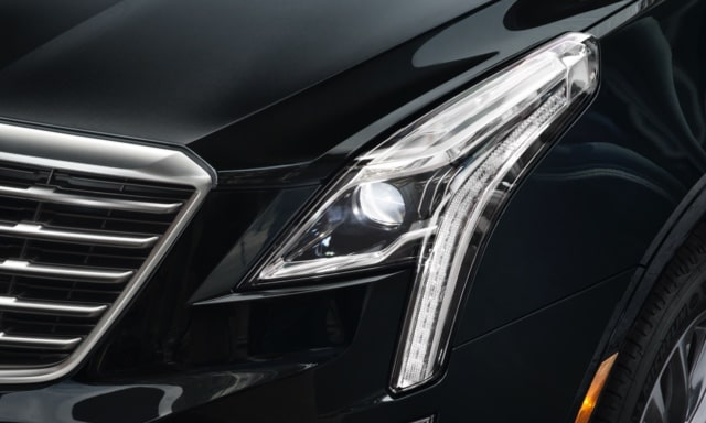 2019 XT5's available LED Intellibeam headlamps.