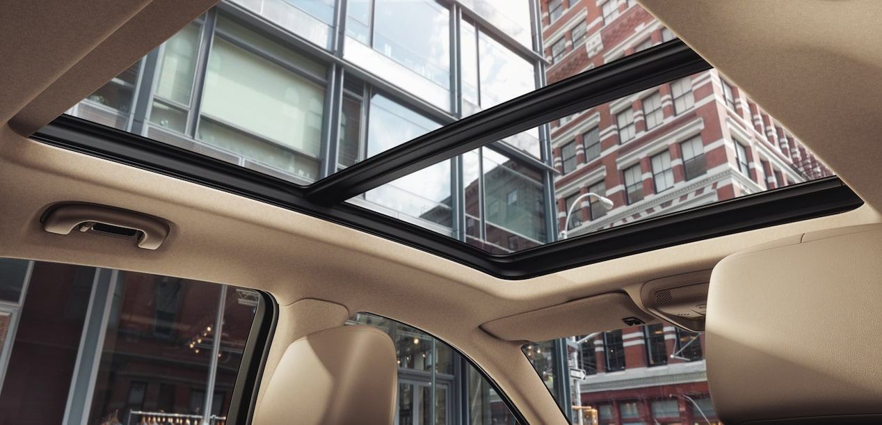 2019 XT5 luxury crossover's available UltraView Sunroof.