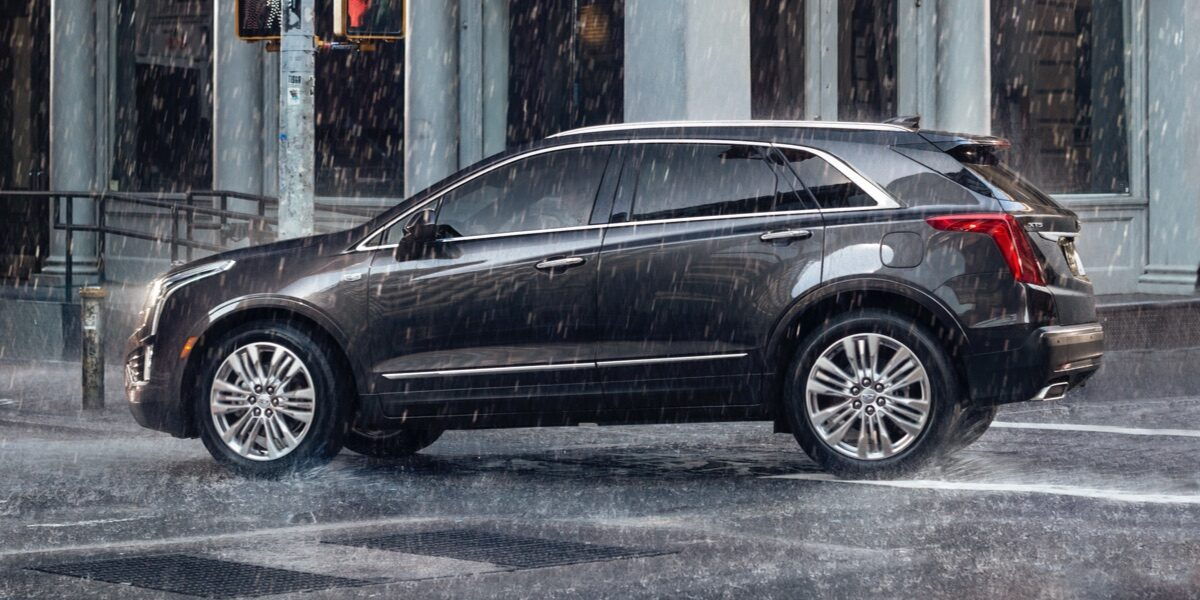 Side view of 2019 XT5.