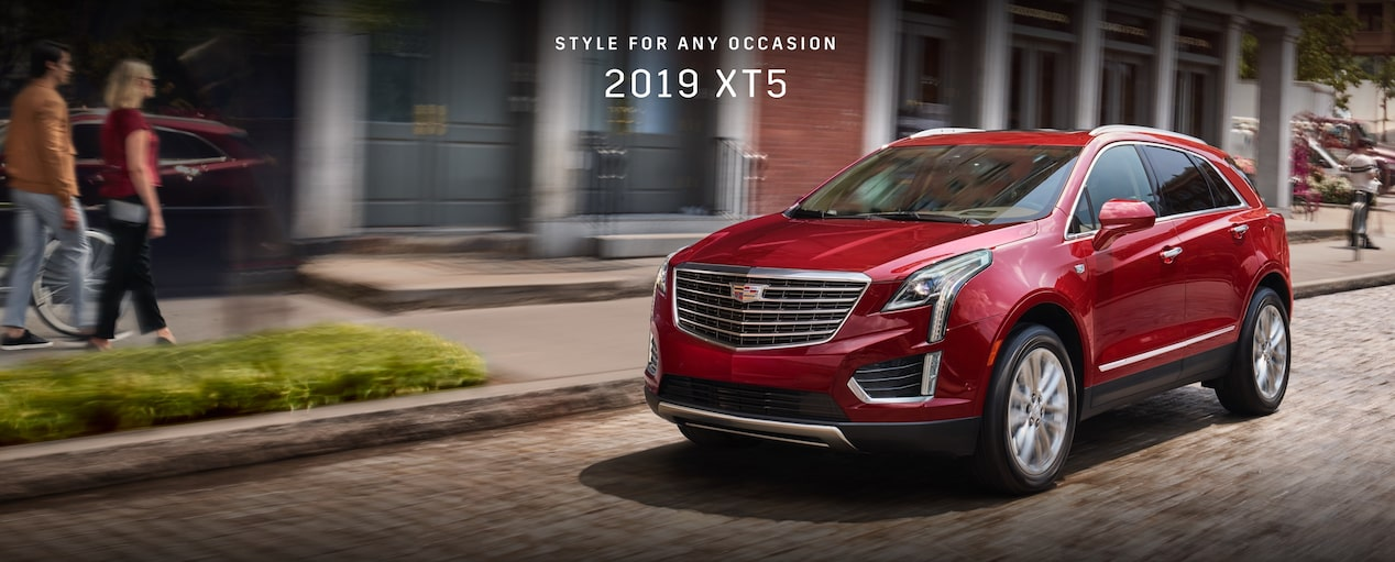 2019 Cadillac XT5 luxury crossover.