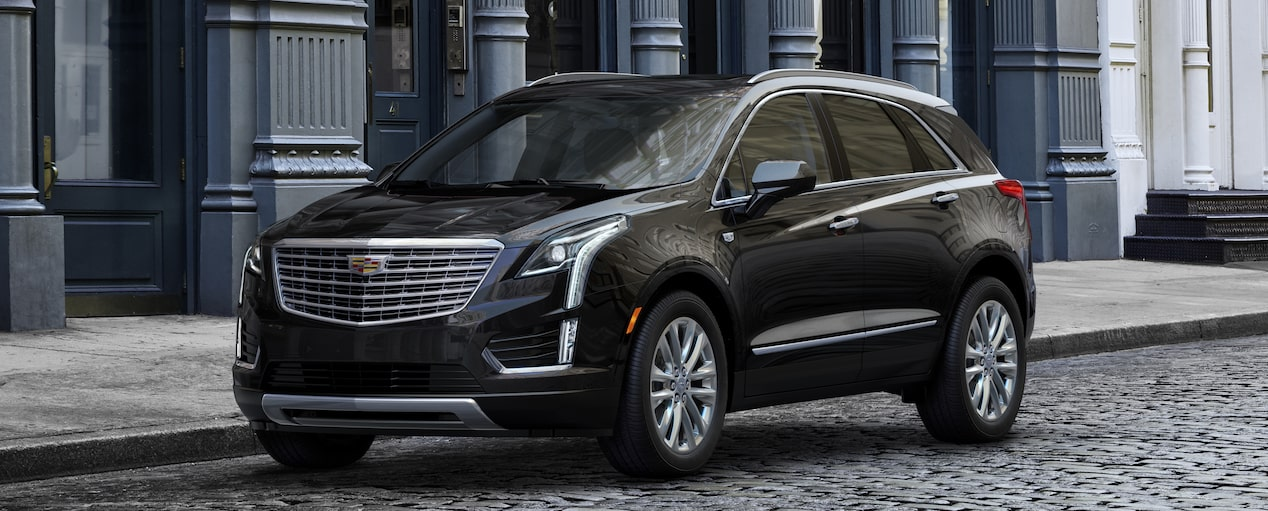 Exterior of the 2019 Cadillac XT5 luxury crossover in Stellar Black Metallic.