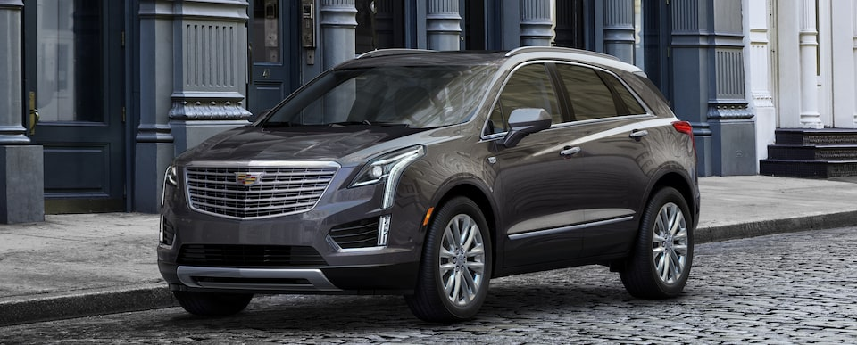 Exterior of the 2019 Cadillac XT5 luxury crossover in Dark Granite Metallic.