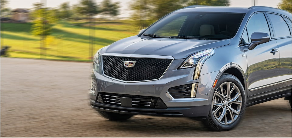 2020 XT5 Crossover Front Angle Exterior With Hanging Lights.
