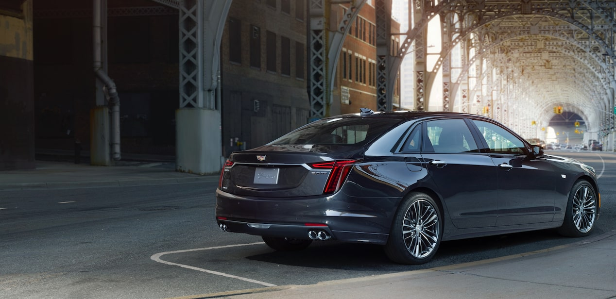 vehicles-ct6-features-exterior-sport-trim-2019
