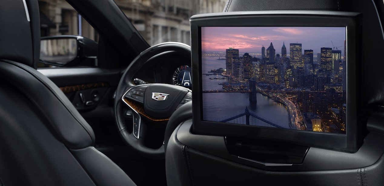 2019 CT6 technology: Cadillac User Experience.