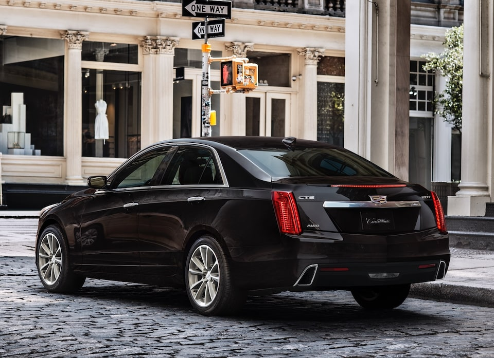 Cadillac CTS exterior: rear side profile.