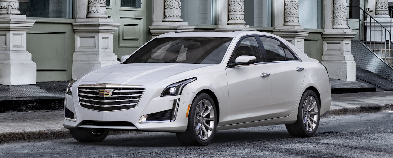 Exterior of the 2019 Cadillac CTS in Crystal White Tricoat†.