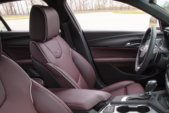 Leather appointed seats of the 2020 CT4.