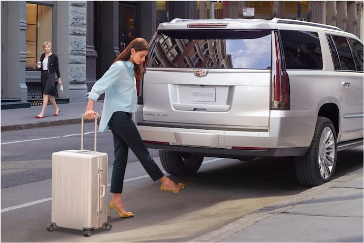 2020 Cadillac Escalade Full-Size SUV Hands Free Liftgate.