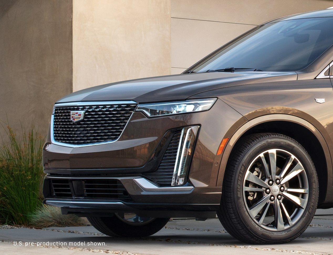cadillac xt6 build and price