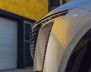 Side view of Cadillac LYRIQ grille.