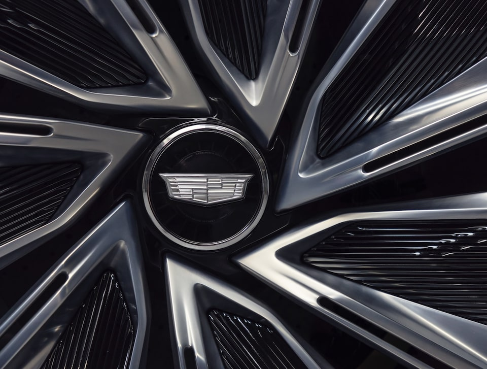 Close-up view of the Cadillac LYRIQ wheel.